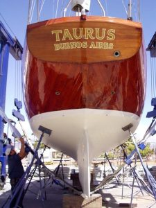Taurus Boat varnish techniques preparation prime with cpes