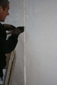 render crack repair work caulk