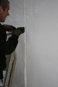 render crack repair work caulk