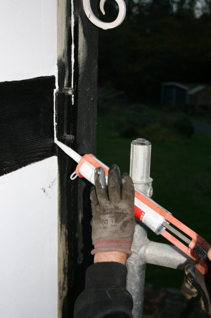 wood crack repair caulk joint